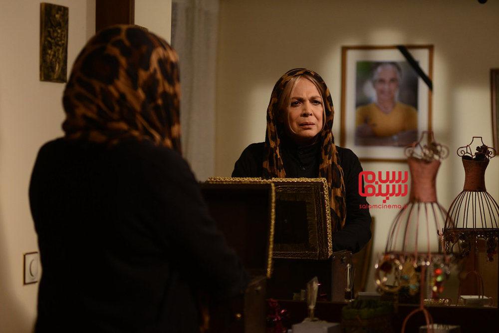 بیتا فرهی در قسمت 5 سریال «رقص روی شیشه»