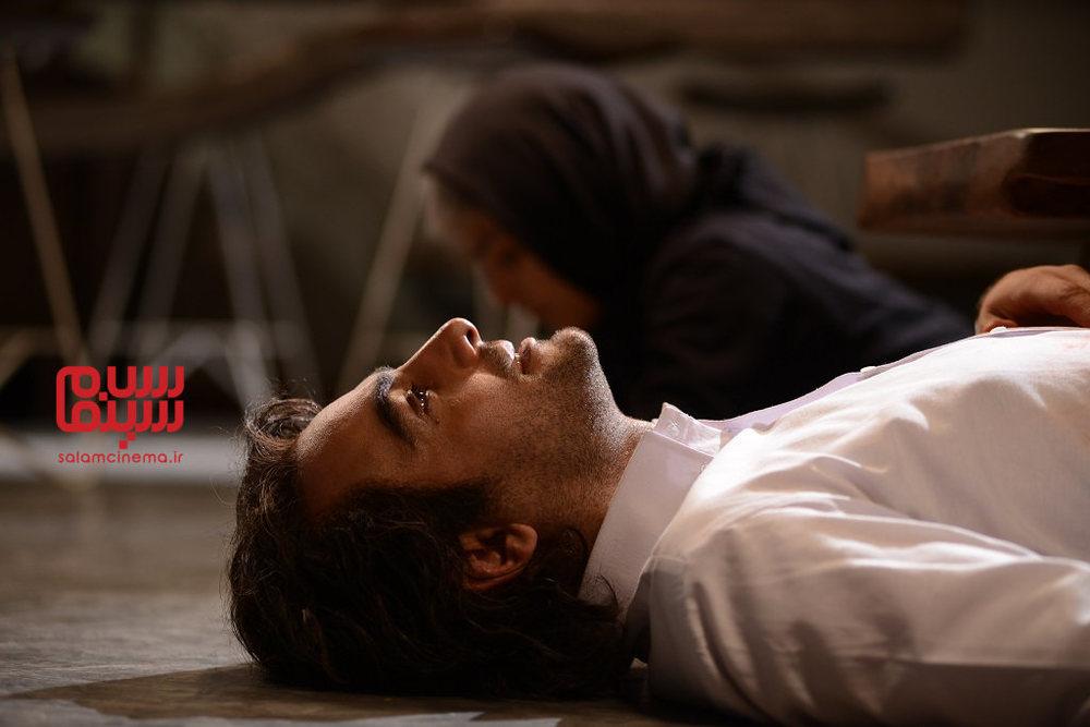 حامد کمیلی در قسمت 5 سریال «رقص روی شیشه»