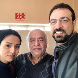 سوگل خلیق، بهزاد فراهانی و مهران نائل در پشت صحنه سریال «دلدار»