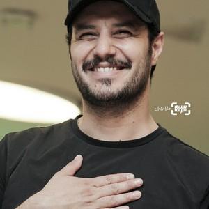 جواد عزتی در اکران فیلم سینمایی «پیلوت» در سی و هفتمین جشنواره جهانی فیلم فجر