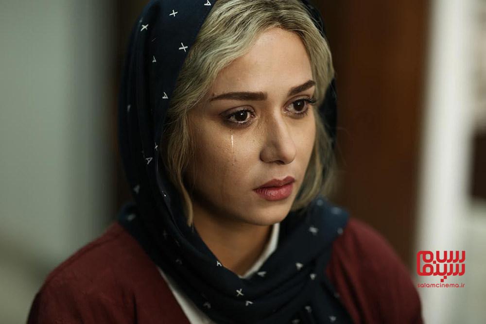بهترین نقشآفرینی های پریناز ایزدیار به انتخاب کاربران سلام سینما/ متری شیش و نیم