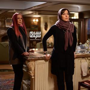 مهتاب کرامتی و بیتا فرهی در قسمت 7 سریال «رقص روی شیشه»