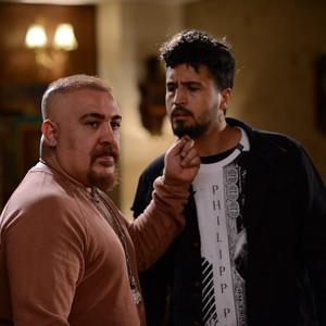 علیرضا زمانی نسب و مهرداد صدیقیان در قسمت 7 سریال «رقص روی شیشه»