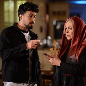 مهرداد صدیقیان و بیتا فرهی در قسمت 7 سریال «رقص روی شیشه»