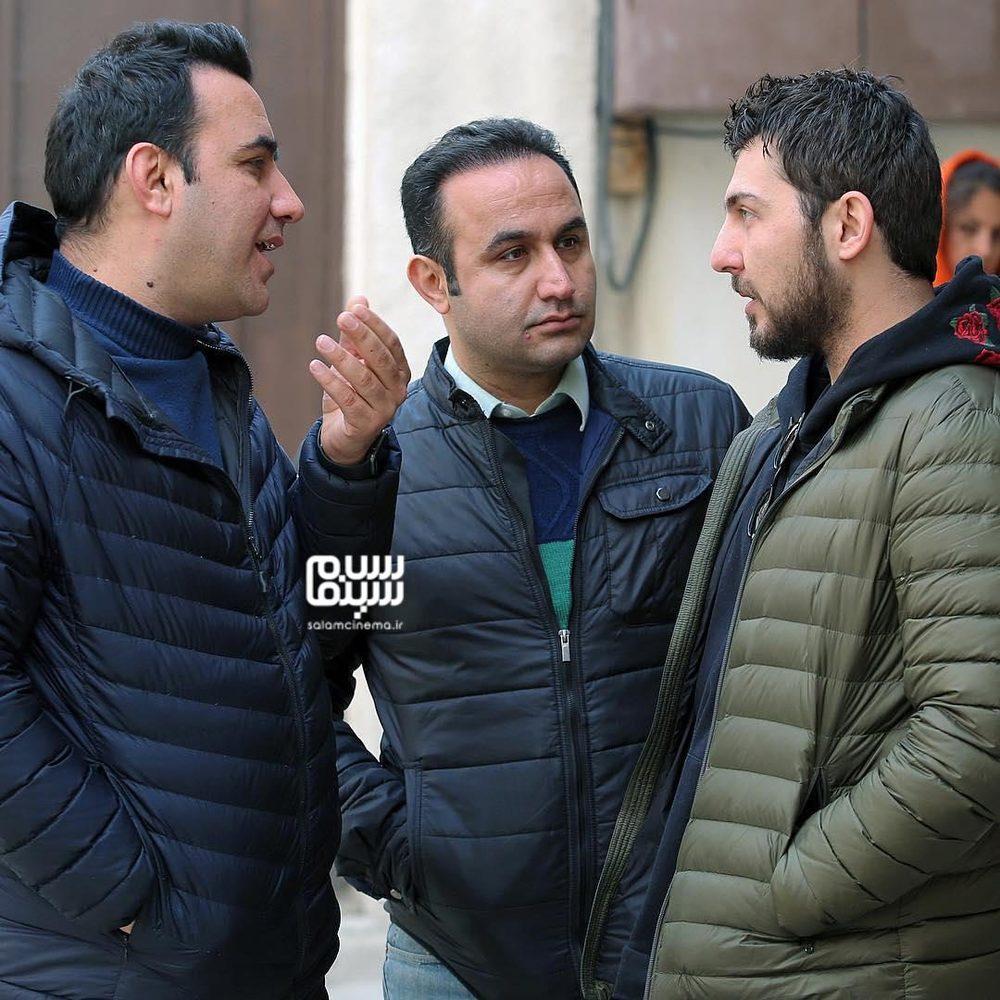 نوید محمودی، جمشید محمودی و محمدرضا غفاری در پشت صحنه سریال «دلدار»