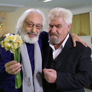 عنایت بخشی و جمشید مشایخی در فیلم «رفقای خوب»
