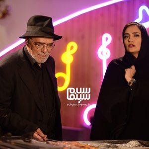 میترا حجار و اکبر زنجانپور در قسمت 9 سریال «رقص روی شیشه»