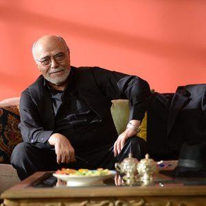 اکبر زنجانپور در قسمت 9 سریال «رقص روی شیشه»