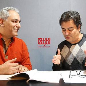 مهران مدیری و پیمان قاسم خانی در پشت صحنه سریال «هیولا»