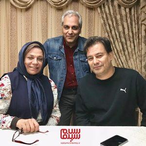 گوهر خیراندیش، مهران مدیری و پیمان قاسم خانی در پشت صحنه سریال «هیولا»