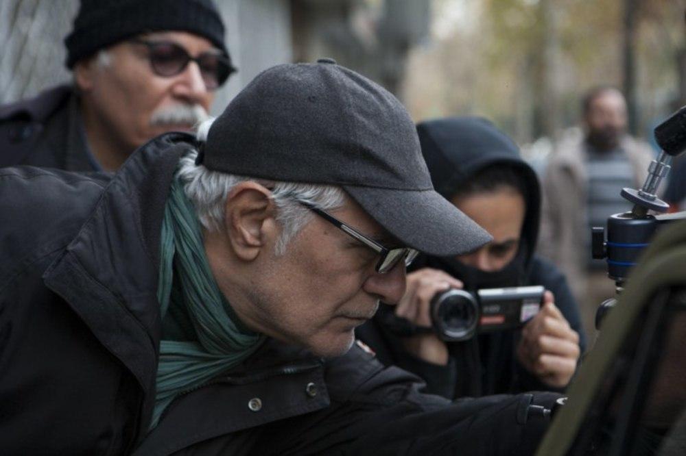 محمود کلاری در پشت صحنه فیلم سینمایی «فراری»