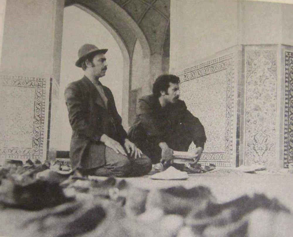 غلامرضا سرکوب و بهمن مفید در فیلم «طوقی»