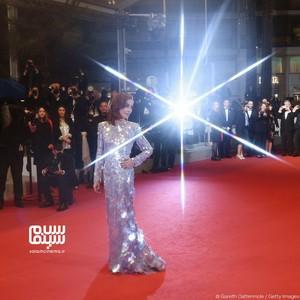 ایزابل هوپر در فرش قرمز فیلم  «فرانکی» در جشنواره کن هفتاد و دوم