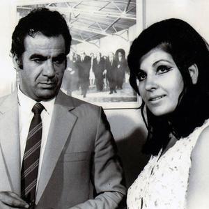 ناصر ملک مطیعی و لی لی رضوانی در فیلم «سکه شانس»