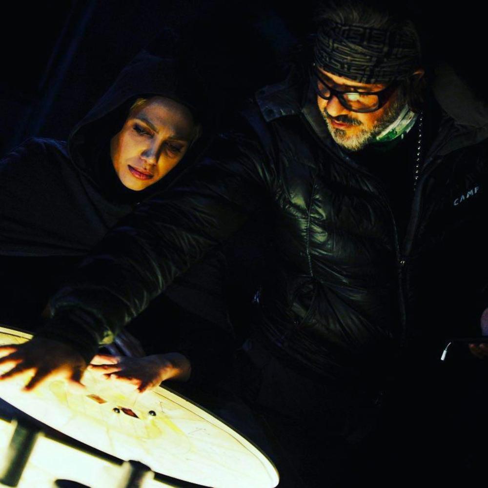 شیما مرزی و رامین عباسی زاده در پشت صحنه سریال «احضار»