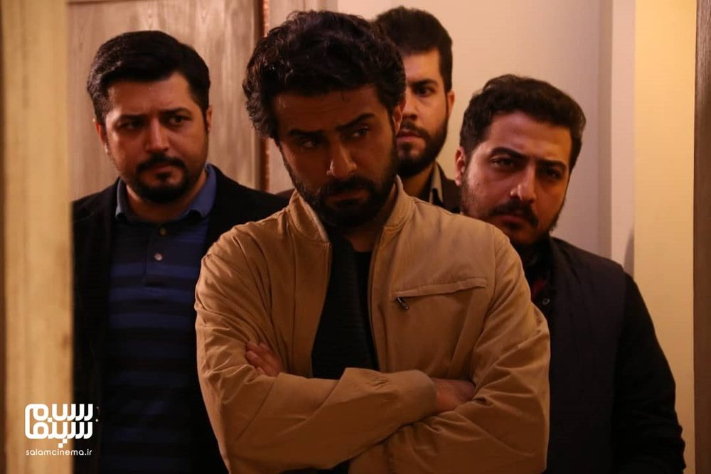 وحید رهبانی، پندار اکبری و عرفان ابراهیمی در سریال «گاندو»