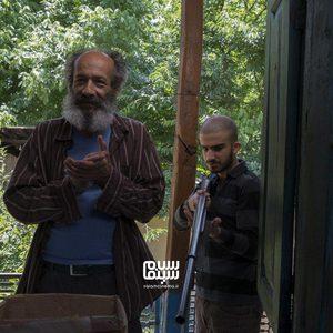 محمد جهان شاهی و بهزاد دورانی در فیلم «سرزمین آبی»