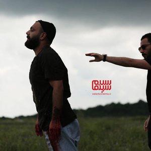 نوید محمدزاده و صابر ابر در سریال «قورباغه»