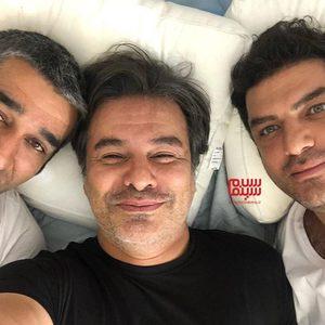 پیمان قاسم خانی، پژمان جمشیدی و سام درخشانی در پشت صحنه فیلم «خوب بد جلف 2: ارتش سری»