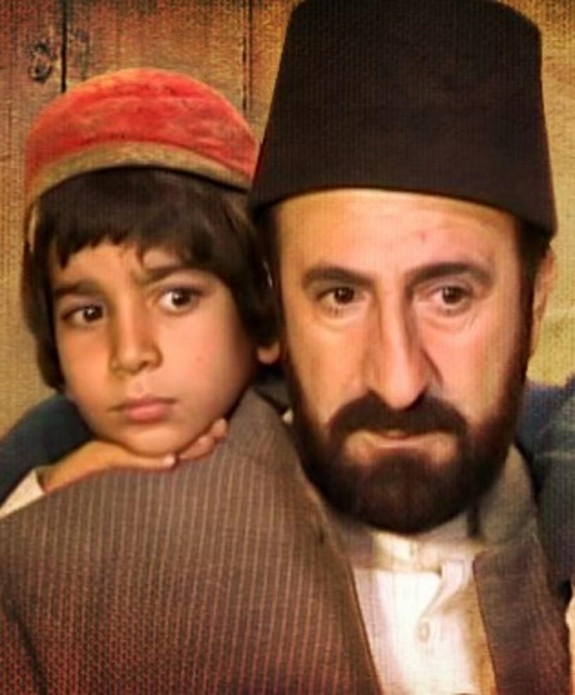 پرهام کرمی و مهران رجبی در سریال تلویزیونی «روزگار قریب»