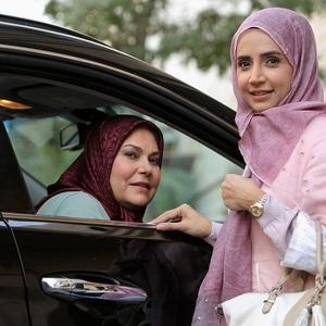 شبنم قلی خانی و مهرانه مهین ترابی در سریال «آنام»