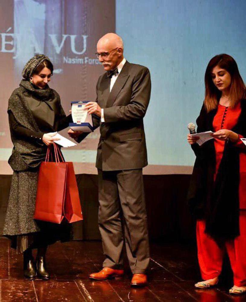 نسیم فروغ برنده جایزه جشنواره بین المللی فیلم زن برای فیلم کوتاه «دژاوو»(Deja Vu)