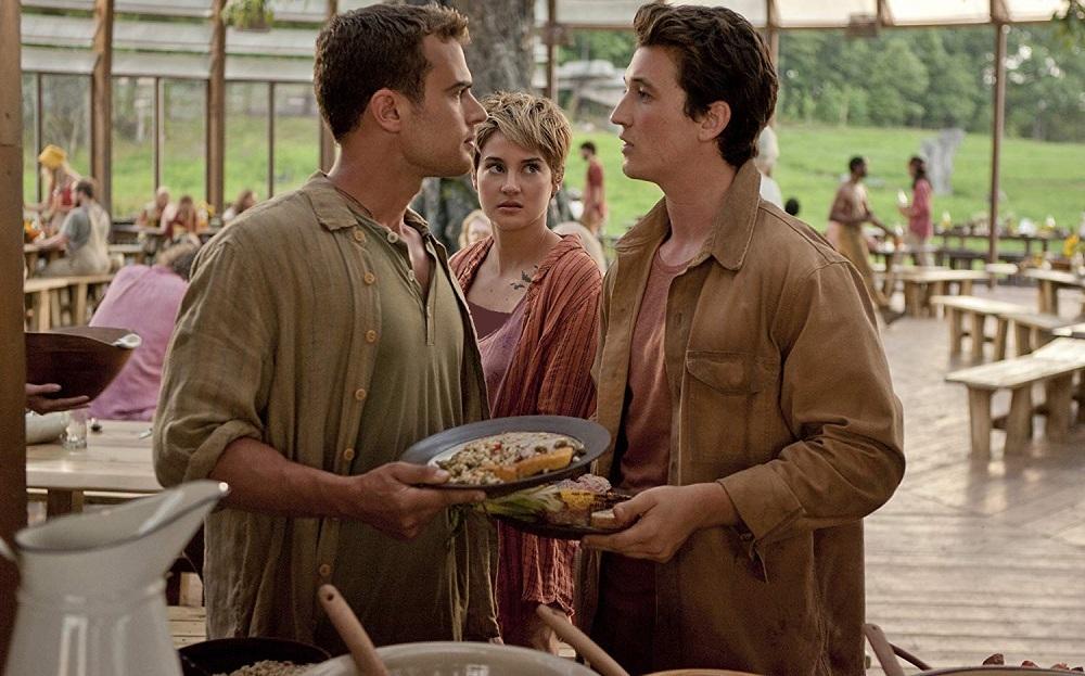مایلز تلر، تئو جیمز و شایلین وودلی در فیلم سینمایی «شورشی» (Insurgent)