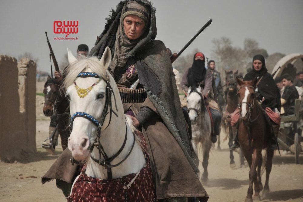 پانته آ سیروس در سریال «بانوی سردار» در نقش بی بی مریم