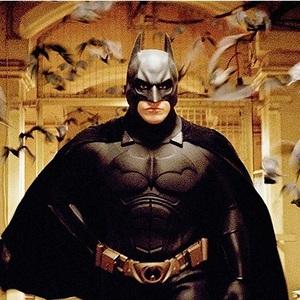 کریستین بیل در نمایی از فیلم «بتمن آغاز می کند» (Batman Begins)
