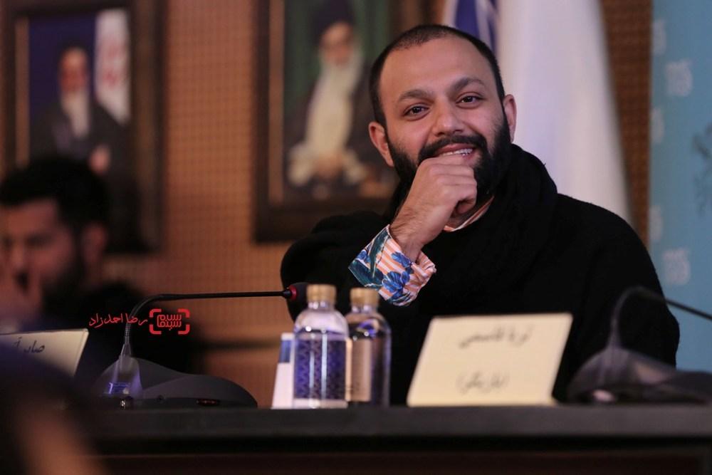صابر ابر در نشست فیلم «ویلایی ها» در سی و پنجمین جشنواره فیلم فجر