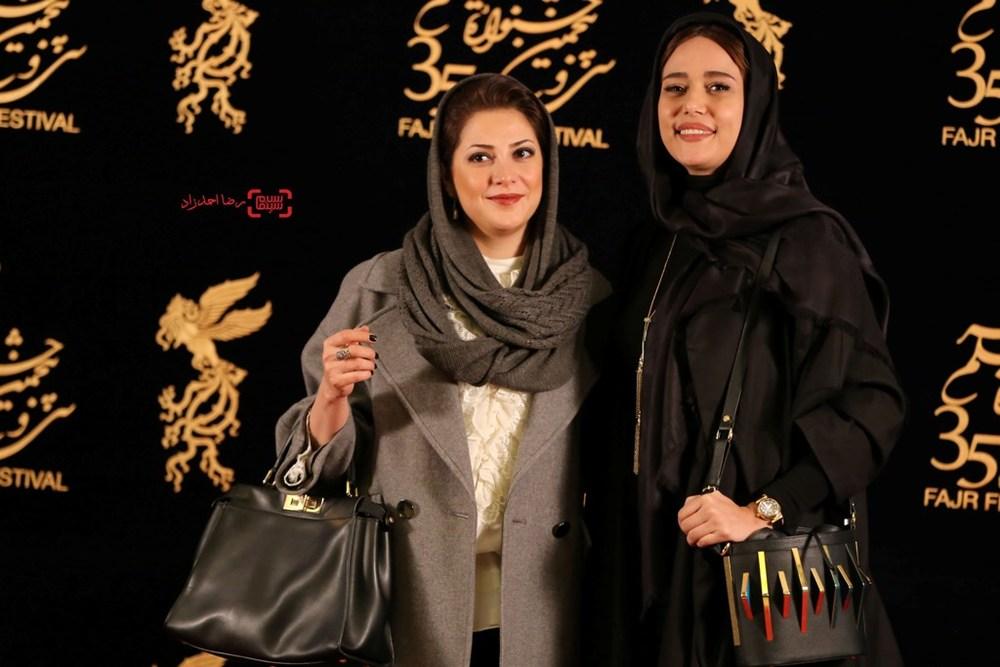 پریناز ایزدیار و طناز طباطبایی در اکران فیلم «ویلایی ها» در سی و پنجمین جشنواره فیلم فجر