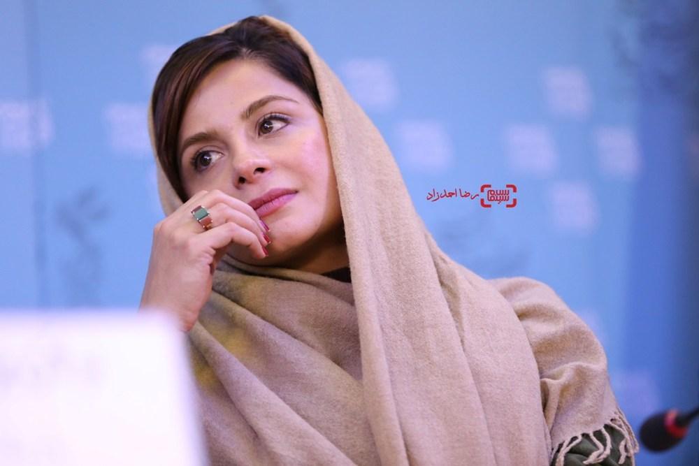سیما تیرانداز در نشست فیلم «فراری» در سی و پنجمین جشنواره فیلم فجر
