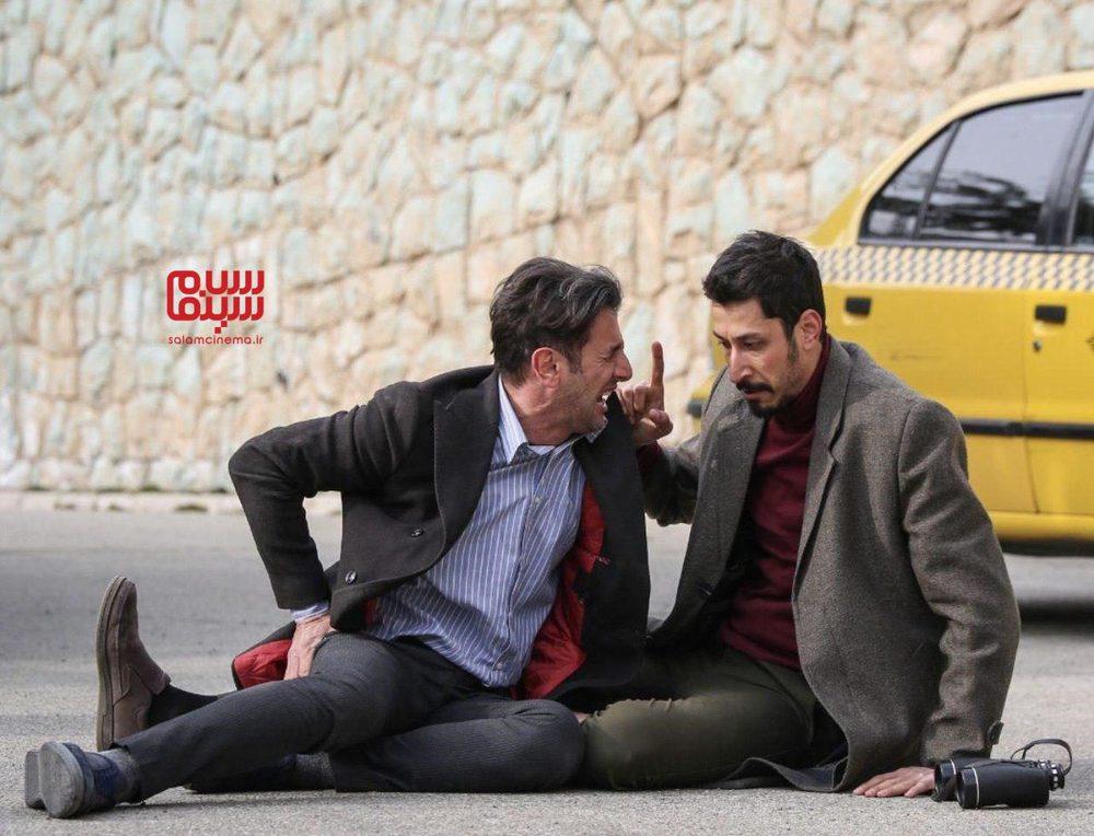 چشم و گوش بسته-بهترین فیلم های کمدی و طنز ایرانی