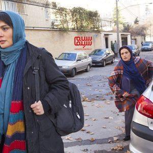لادن مستوفی و مارال فرجاد در سریال «خواب زده»