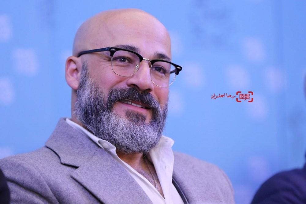 امیر آقایی در نشست فیلم «بدون تاریخ، بدون امضا»  در سی و پنجمین جشنواره فیلم فجر