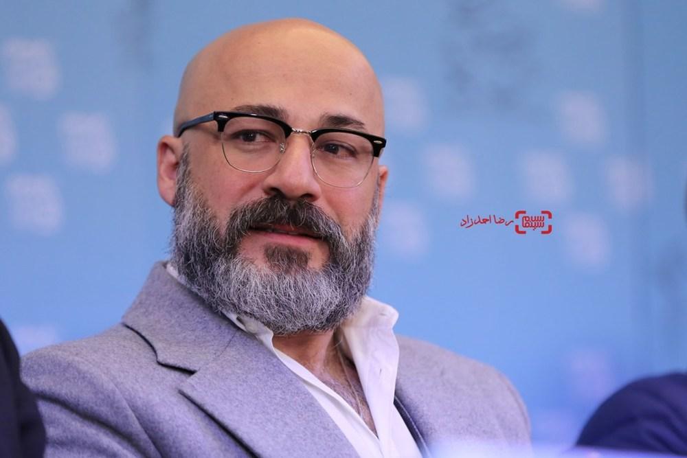 امیر آقایی در نشست «بدون تاریخ، بدون امضا»  در سی و پنجمین جشنواره فیلم فجر