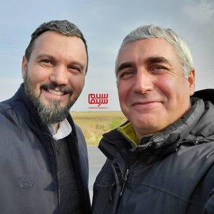 ابراهیم حاتمی کیا و کامبیز دیرباز در پشت صحنه فیلم «خروج»