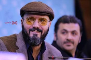 کامبیز دیرباز در نشست خبری فیلم «ماه گرفتگی» در سی و پنجمین جشنواره فیلم فجر