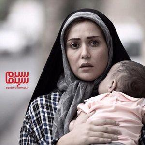 پریناز ایزدیار در فیلم «سه کام حبس»