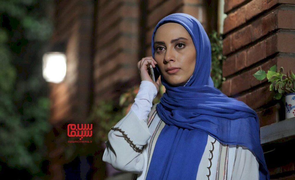 مونا فرجاد در سریال «آرام می گیریم»