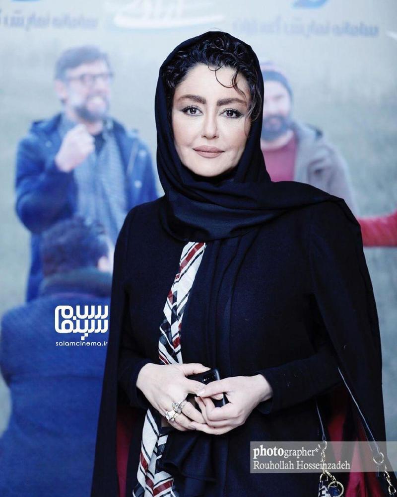 شقایق فراهانی در اکران مردمی فیلم «جهان با من برقص» در سینما آزادی