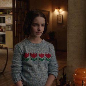 مکینا گریس در فیلم «آنابل به خانه می آید»(Annabelle Comes Home)
