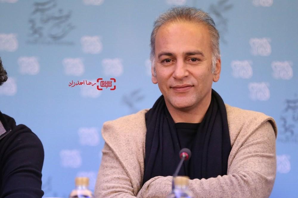 حمیدرضا آذرنگ در نشست خبری فیلم «آباجان» در سی و پنجمین جشنواره فیلم فجر