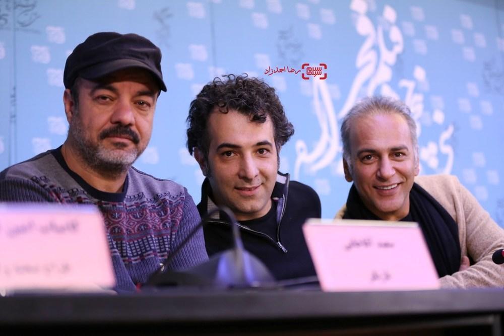 سعید آقاخانی، حمیدرضا آذرنگ و هاتف علیمردانی در نشست خبری فیلم «آباجان» در سی و پنجمین جشنواره فیلم فجر