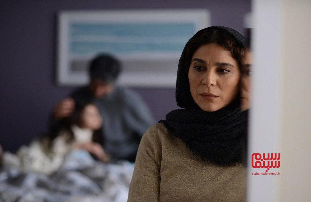 اولین تصویر فیلم «خط فرضی» با بازی سحر دولتشاهی