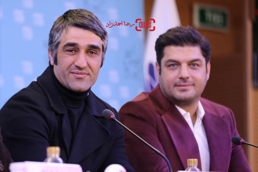 پژمان جمشیدی در نشست خبری فیلم «خوب، بد، جلف» در سی و پنجمین جشنواره فیلم فجر
