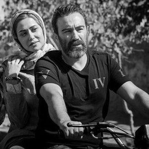 پریناز ایزدیار و محسن تنابنده در «سه کام حبس»