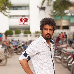 مجتبی پیرزاده در فیلم «تومان»