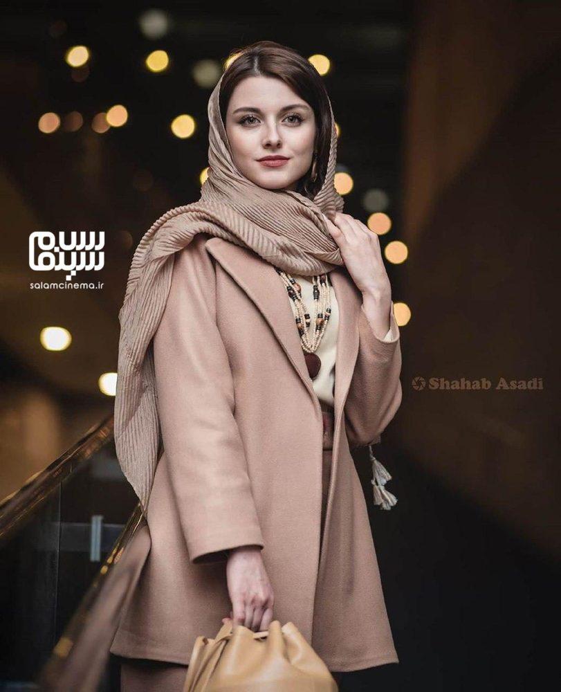 فاطمه مسعودی فر در اکران فیلم «پوست» در جشنواره فیلم فجر 38