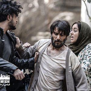 شهرام حقیقت دوست، مهرداد صدیقیان و بهاره کیان افشار در فیلم «عطر تلخ»